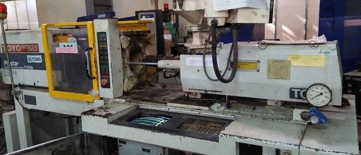 Chúng tôi chuyên sửa máy ép nhựa TOYO và các hãng khác. Hotline: 0942.043.053 hoặc 0977.130.973